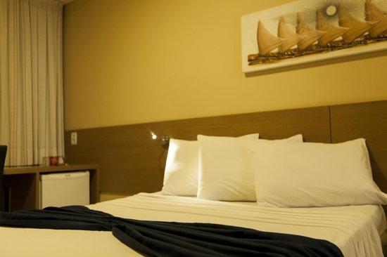 福塔雷薩市三月酒店