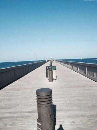 Wyndham Deerfield Beach Resort: Pier-Weather was amazing!