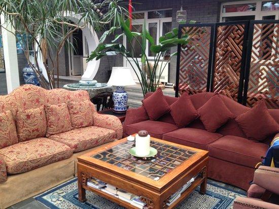 Michael's House : sofa