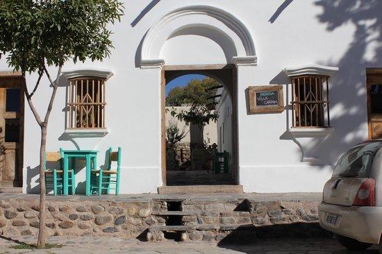Hosteria Villa Cardon: desde la calle