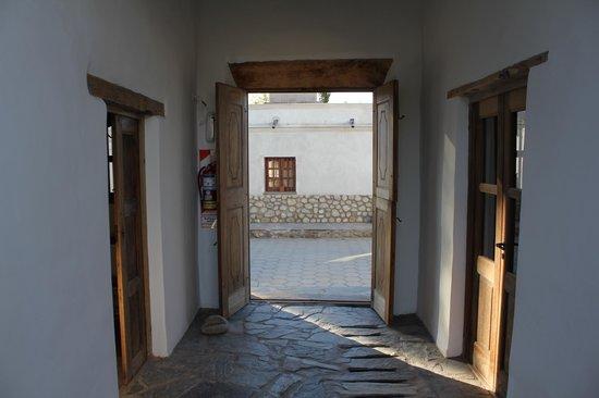 Hosteria Villa Cardon: desde el interior a la calle