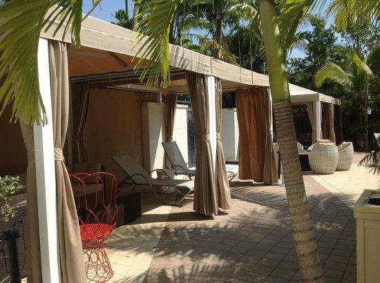 Hotel Urbano: cabanas