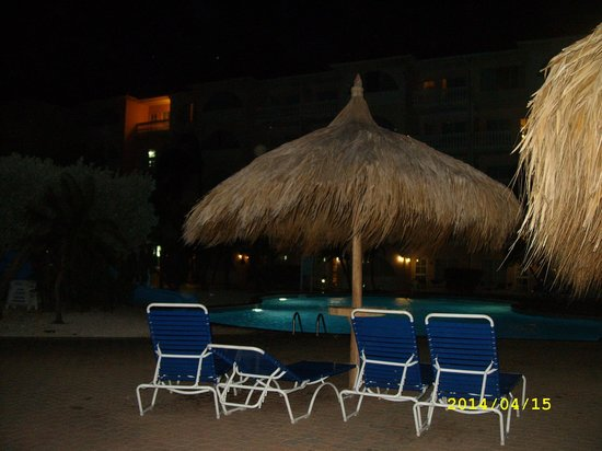 Tropicana Aruba Resort & Casino: De noche