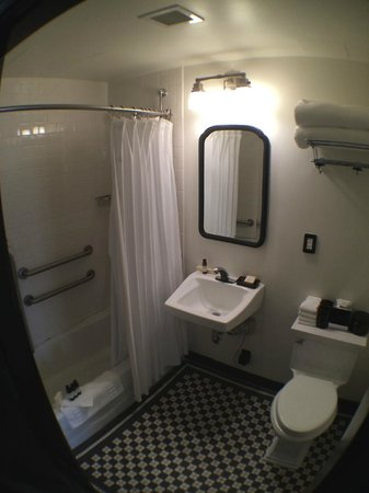 The High Line Hotel: bathroom