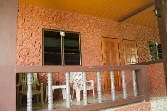 Coral Bungalows: The front of our room