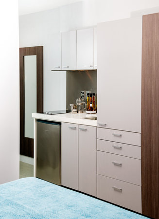 Quest Newmarket Serviced Apartments: Kitchenette in a studio