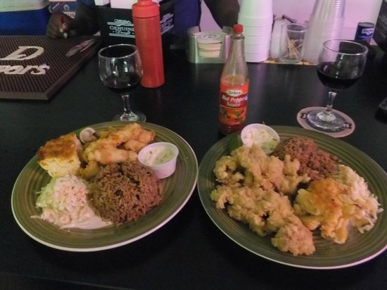 Shantzii's: The Best Grouper Fingers & Cracked Conch!