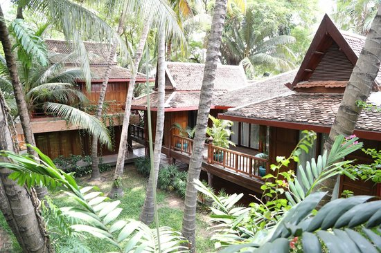 Angkor Village Hotel: View from walkway