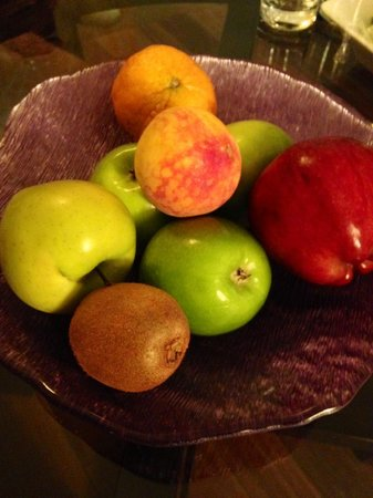Rosewood Mayakoba: Daily Fruit Delivered To Your Suite