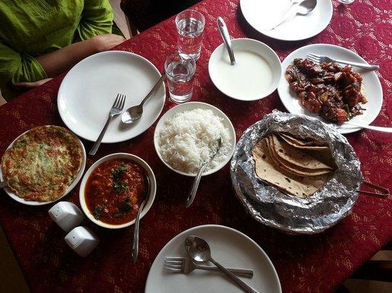 Bamboo Grove Retreat: Food
