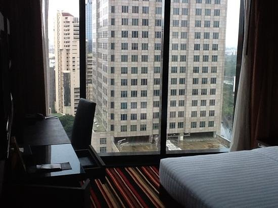 The Continent Hotel Bangkok by Compass Hospitality : full height windows, great view