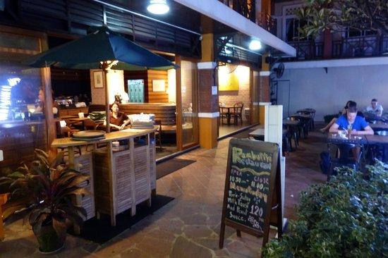 Rambuttri Village Inn & Plaza: Rambuttri Village - restaurant
