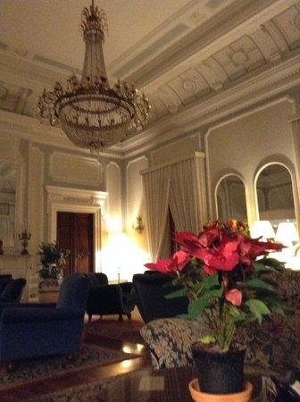 Hotel Royal: Área del living