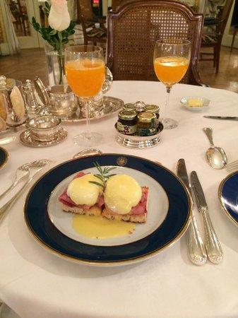 Alvear Palace Hotel: Desayuno