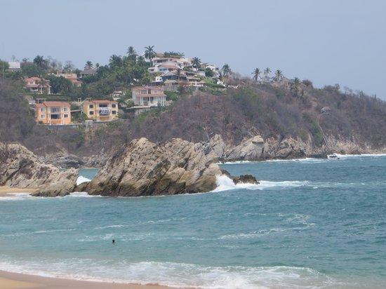 Dreams Huatulco Resort & Spa: the beach area