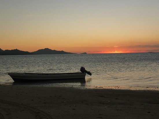 Nukubati Private Island : sunset