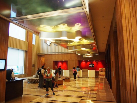 The Metropolitan Hotel & Spa New Delhi: Lobby