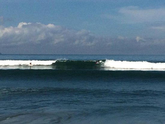 Mind Body Soul Surf Bali Retreat: Surfing at Batu Balong