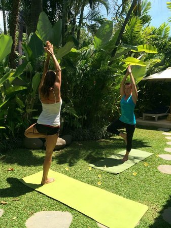 Mind Body Soul Surf Bali Retreat: in villa Yoga