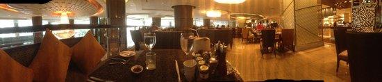 InterContinental Bangkok : Breakfast is served
