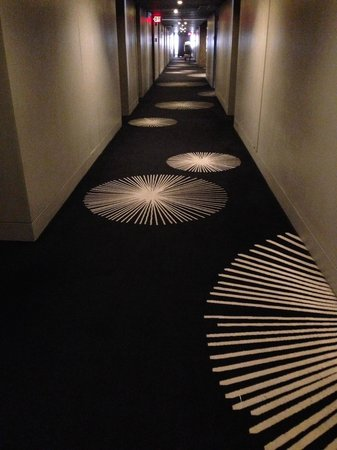 Midas Hotel and Casino : Hallway at Club Lounge floor (9th)