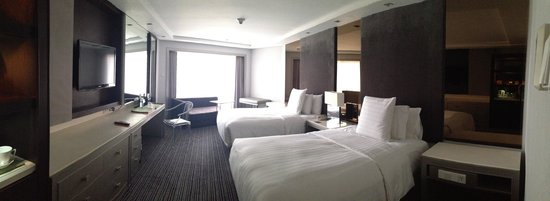 Midas Hotel and Casino : Room