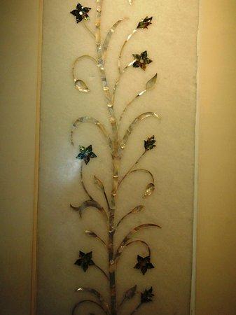 Mansingh Palace, Agra: Marble Inlays