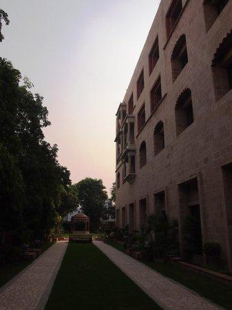 Mansingh Palace, Agra: Gardens
