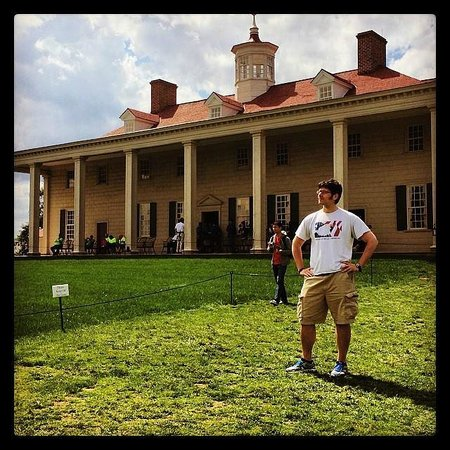 George Washington's Mount Vernon: The porch of Mount Vernon overlooking the Potomac made me proud to be an American.