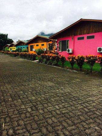 Hotel Villas Vilma: Coloridas casitas