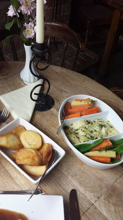 Anne of Cleves: Roast potatoes and veg.