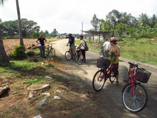 MYcycle - Mysore Cycle Tour: our small cycle group and guide