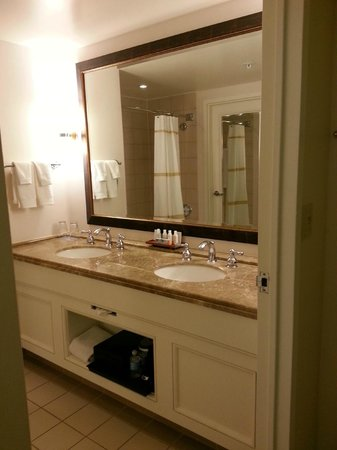 Renaissance Indian Wells Resort & Spa: Bathroom