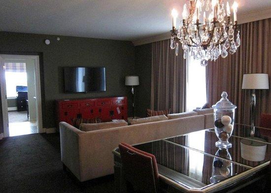 Hotel ZaZa Houston Museum District: Living Suite 803