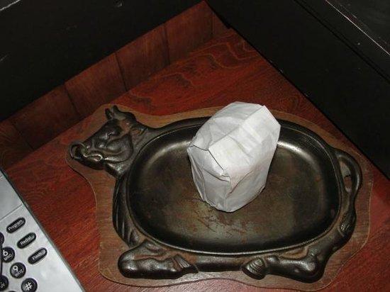 Pine Crest Motel: Cow tray