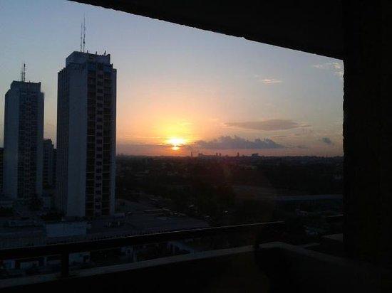 Melia Habana: Amanecer