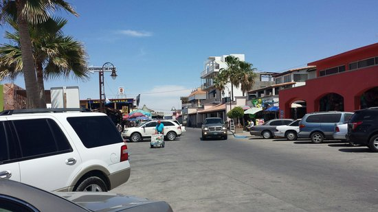 Old Port : Street scene