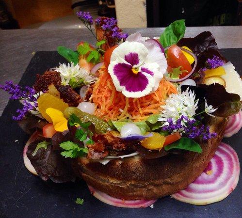 salade picture of restaurant la violette mies tripadvisor. Black Bedroom Furniture Sets. Home Design Ideas