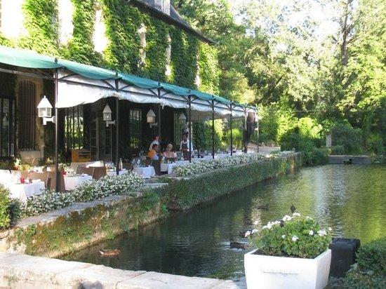Manoir d'Hautegente : terrasse pour les repas