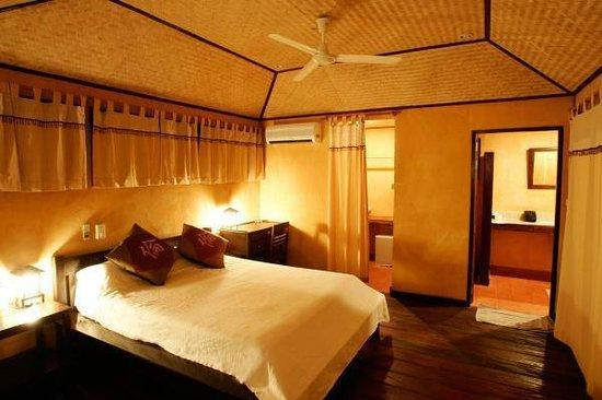 Relax Bay Resort : bedroom VIP