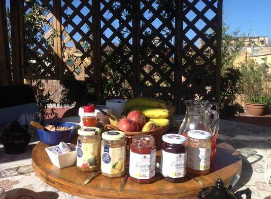 Domus Valeria : Breakfast