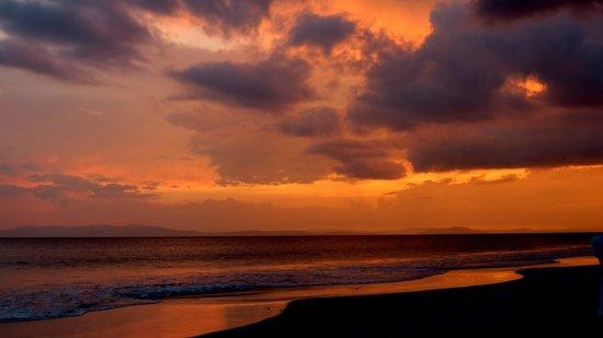 Radhanagar Beach: Sky melting