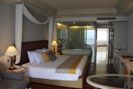 Royal Cliff Grand Hotel : Обновленный номер (попросил посмотреть)