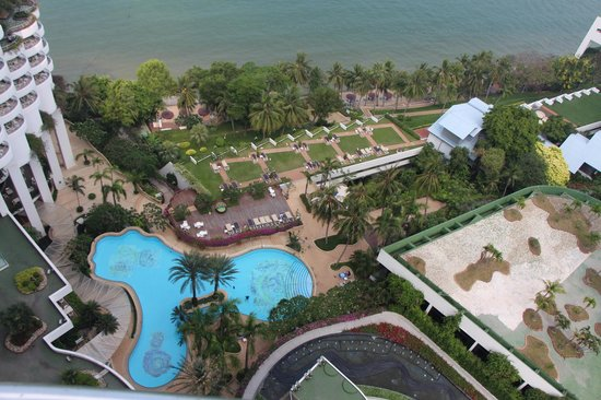Royal Cliff Grand Hotel : Вид с балкона