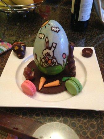 Sofitel Singapore Sentosa Resort & Spa: More Chef prepared Easter Eggs