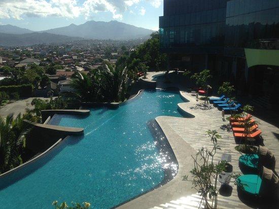 Hotel Novotel Lampung : Area Kolam Renang Novotel Bandar Lampung