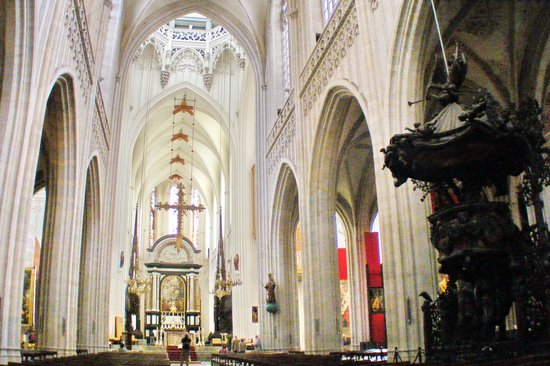Cathédrale Notre-Dame d'Anvers : The Cathedral's Nave