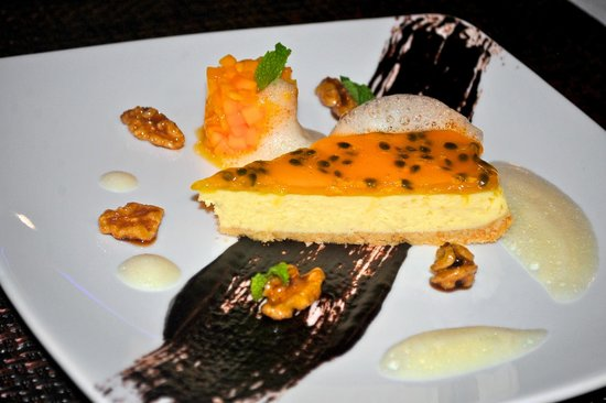 Capriccio Italian Restaurant & Pizzeria: Passion Fruit Cheese Cake