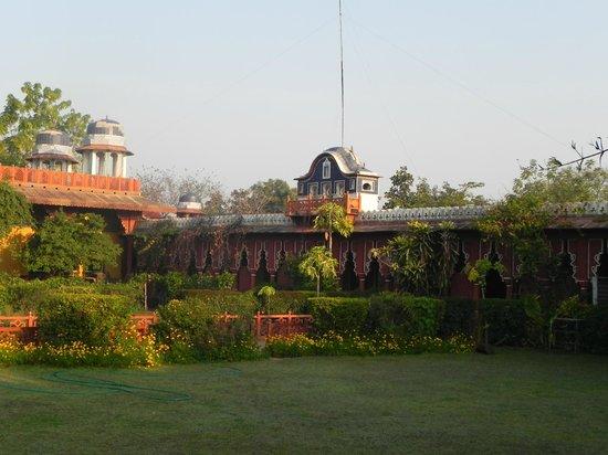 Bundelkhand Riverside: Hotel mit Garten