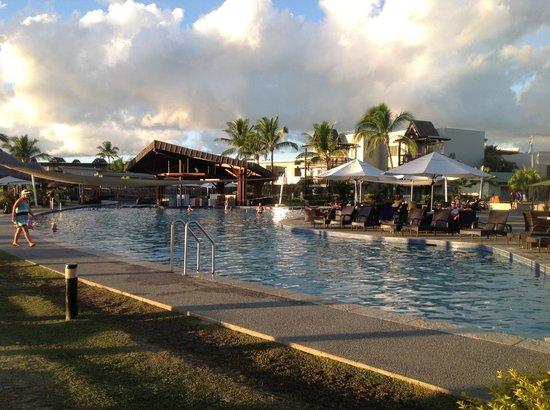 Wyndham Resort Denarau Island: The pool is huge.